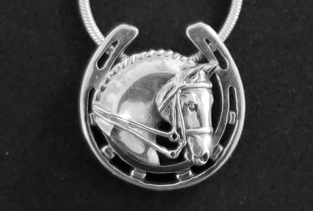 Horseshoe Jewelry for Good Looks and Good Luck!